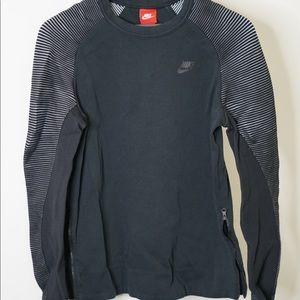 Nike long sleeve crew neck sweatshirt